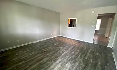 Living Room, 109 Aaron Pl, 1