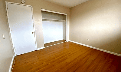 Bedroom, 1111 Barstow Rd, 2