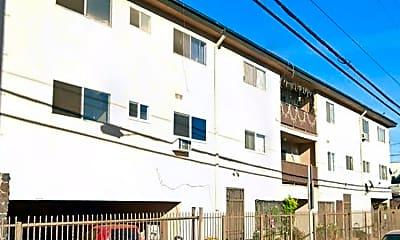 Building, 6017 Lexington Ave, 1
