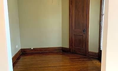 Bedroom, 5747 N Ridge Ave, 1
