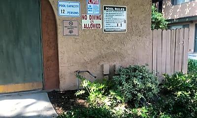 Casa Del Rey Apartments, 2