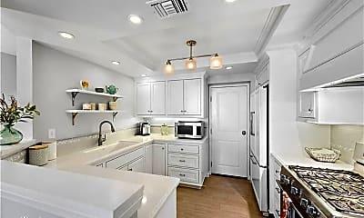 Kitchen, 5 Avalon Cove, 1