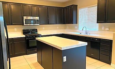 Kitchen, 33616 Nandina Ln, 1