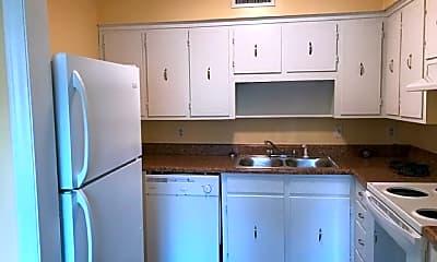 Kitchen, Sharlton Manor Apartments, 0