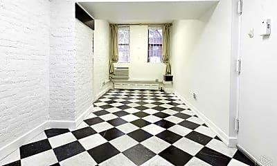 Living Room, 223 E 78th St, 1