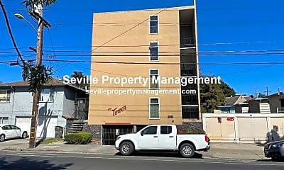 Community Signage, 2558 Fruitvale Ave, 1