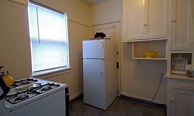 Kitchen, 1717 E Newton Ave, 1