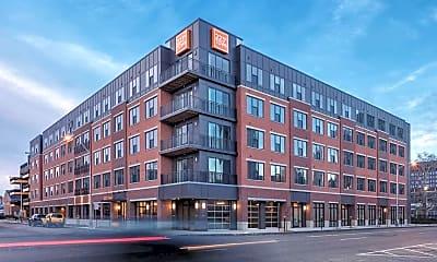 Building, 223 E Town St, 1