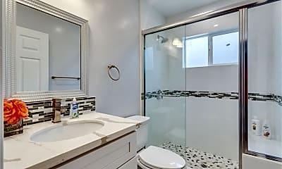 Bathroom, 5524 Spokane St, 2