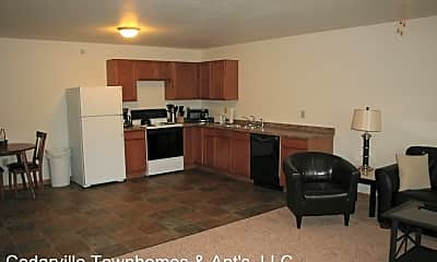 Kitchen, 2732 Scenic Dr, 1
