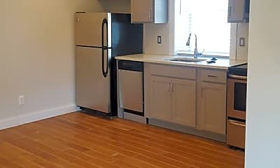 Kitchen, 51 W Palmer, 1