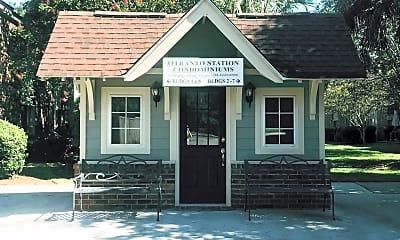 Building, 613 Andrea Ln, 2