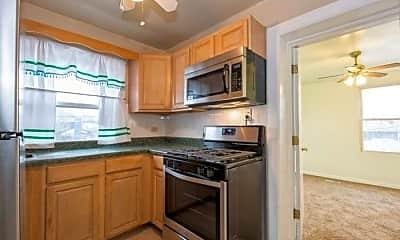 Kitchen, 8648 S Drexel Ave, 1