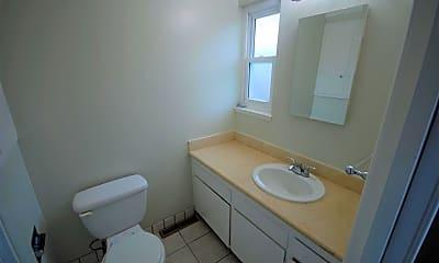 Bathroom, 1017 Annapolis Dr, 2