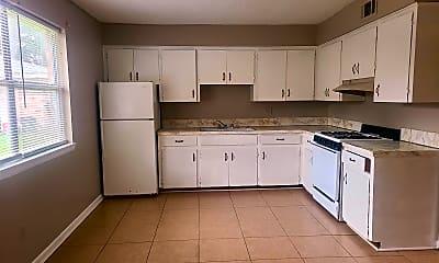 Kitchen, 1309 Plummer St, 1