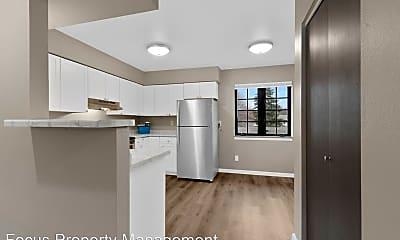 Kitchen, 400 Fox Shores Dr., 0