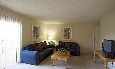 Living Room, Glenrosa Park Apartments, 1
