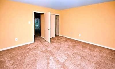 Bedroom, 413 N Warwick Rd, 1
