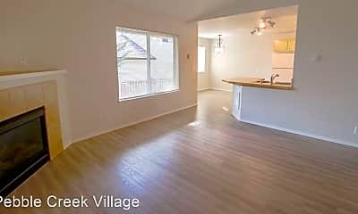 Living Room, 5313 NE 68th Ave, 0