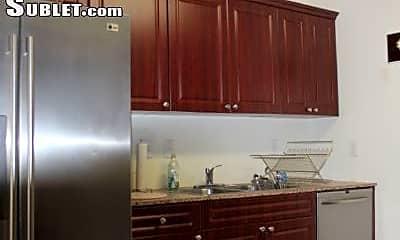 Kitchen, 505 38th St, 2