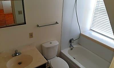 Bathroom, 415 Robidoux St, 2