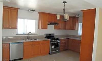 Kitchen, 5952 Croupier Dr, 1