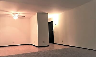 Living Room, 2343 Chalet Gardens Rd, 1