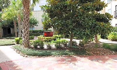 Courtyard, Oasis at Piney Point, 2