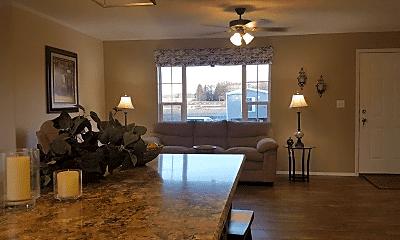 Dining Room, 158 Blue Spruce Ln, 1