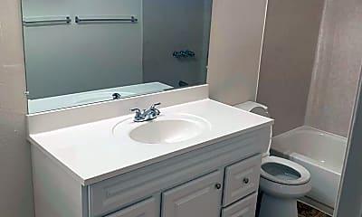 Bathroom, 231 W Palmyra Ave, 1