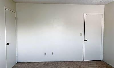 Bedroom, 605 W Perdew Ave, 2