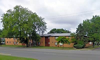 Building, 15373 Greenfield Rd, 1