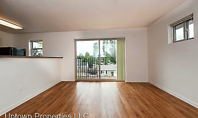 Living Room, 4775 SW Franklin Ave, 0