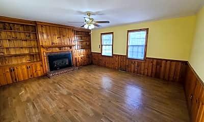 Living Room, 616 N Brunswick Ave, 1