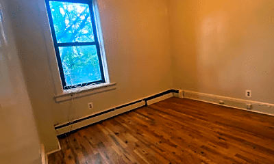 Living Room, 9 Grant Ave, 2