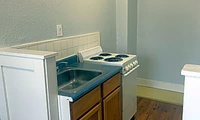 Kitchen, 901 Linwood Blvd, 1