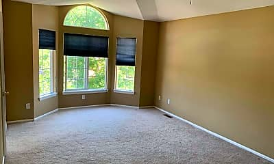 Living Room, 678 Eaton Cir., 2