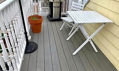 Patio / Deck, 302 E Penn St UPPER, 2