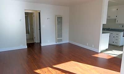 Living Room, 1404 Regent St, 1