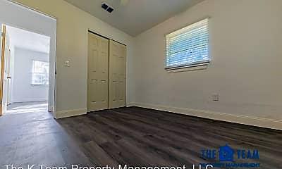 Bedroom, 645 7th St NE, 2
