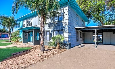 Santa Fe Arms Apartments, 1
