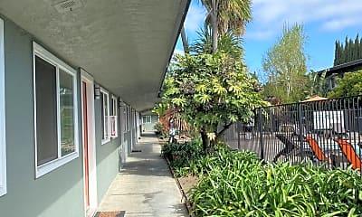 Building, 763 Blossom Way, 2