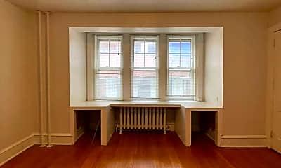 Living Room, 4314 Spruce St, 2