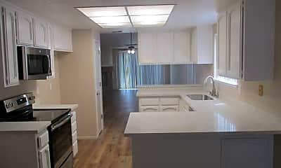 Kitchen, 3860 Little Rock Dr, 1