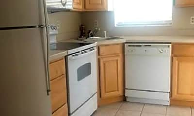 Kitchen, 18081 SE Country Club Dr, 0