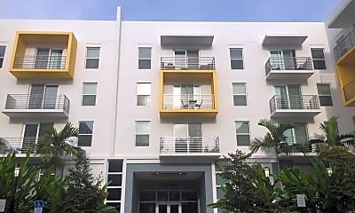Caspian Apartments, 2