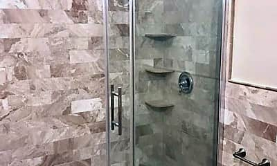 Bathroom, 69 Marion St, 1