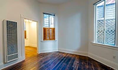 Living Room, 2084 Bush St, 1