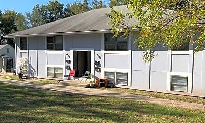 Building, 318 Osage St, 2