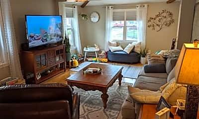 Living Room, 3 Centre St, 2